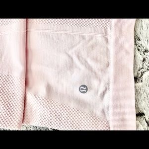 Pale pink lululemon athletic tank size 6 NWOT
